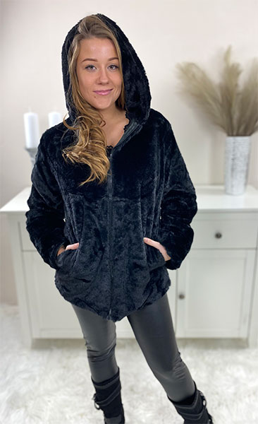 fake-fur-jakke-sort-chicwear.dk
